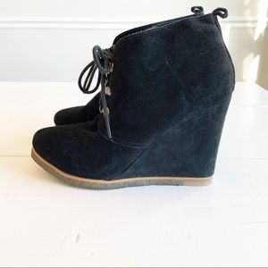 STEVE MADDEN black wedge Tangoo laced shoe